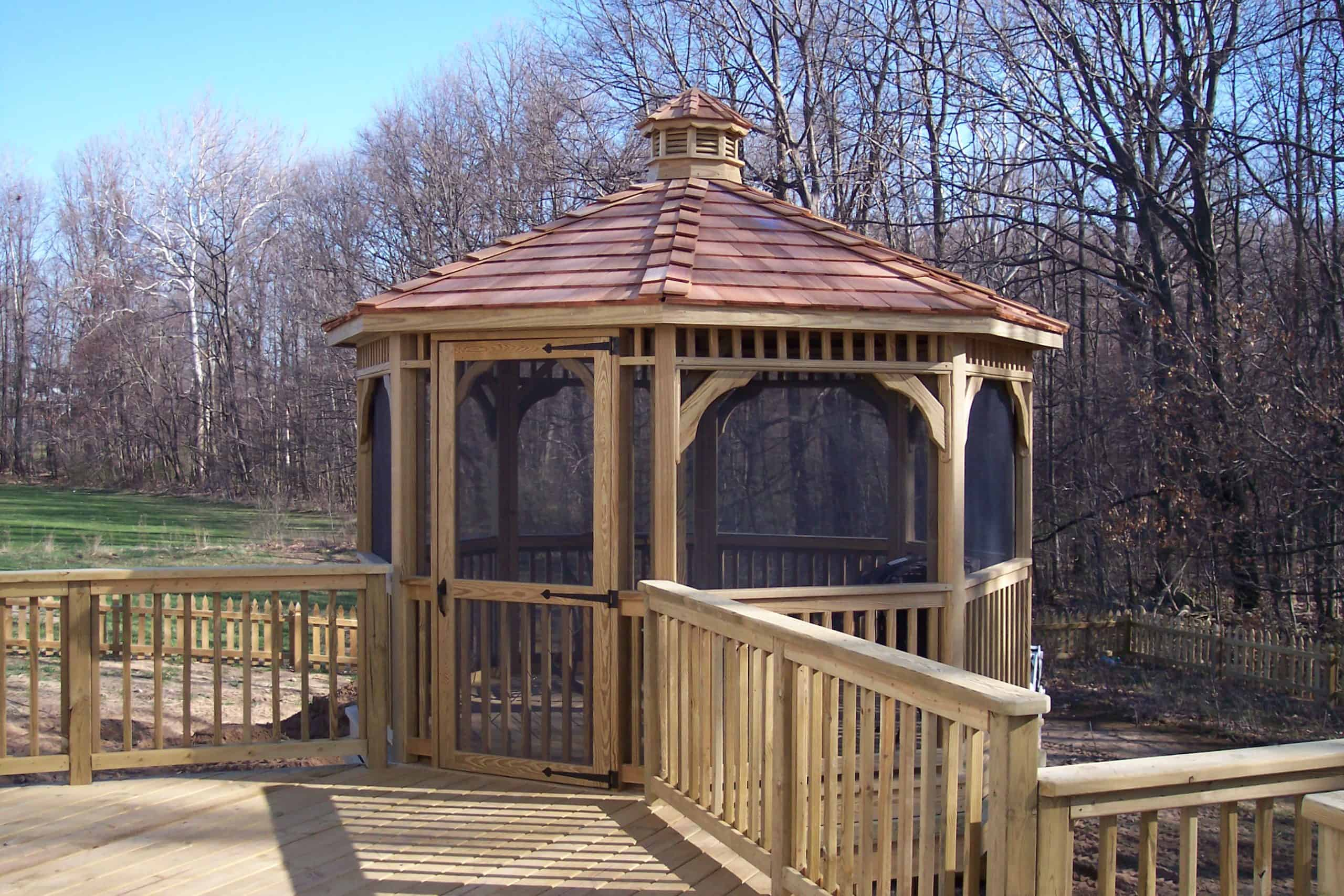 gazebos-lansing-michigan-pergolas-deck-builder-custom-built