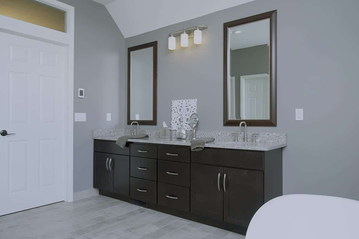 Stupendous Lansing Bathroom Remodeling Contractor Home Improvement Interior Design Ideas Apansoteloinfo