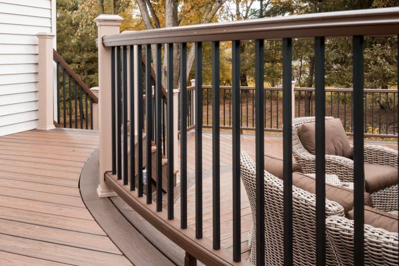 Shepardsville Multi Level Round Deck After