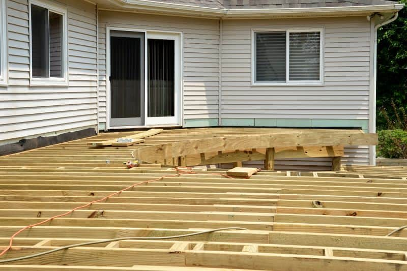 Shepardsville Multi Level Round Deck Before